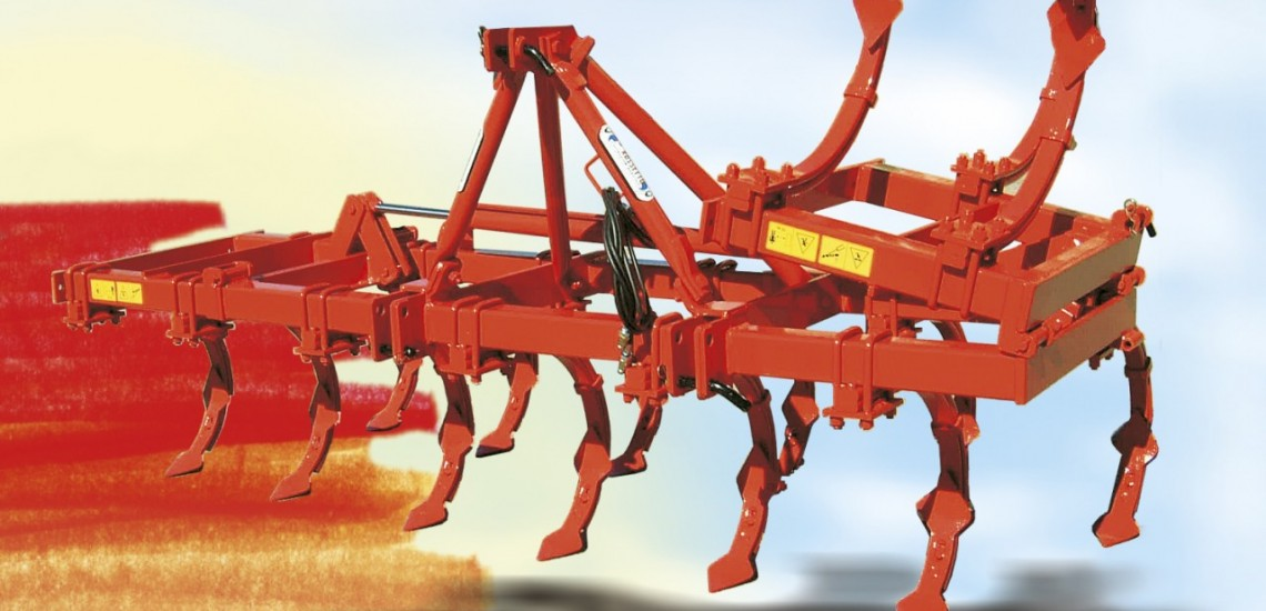 two rows cultivator with 15 double-blade anchors